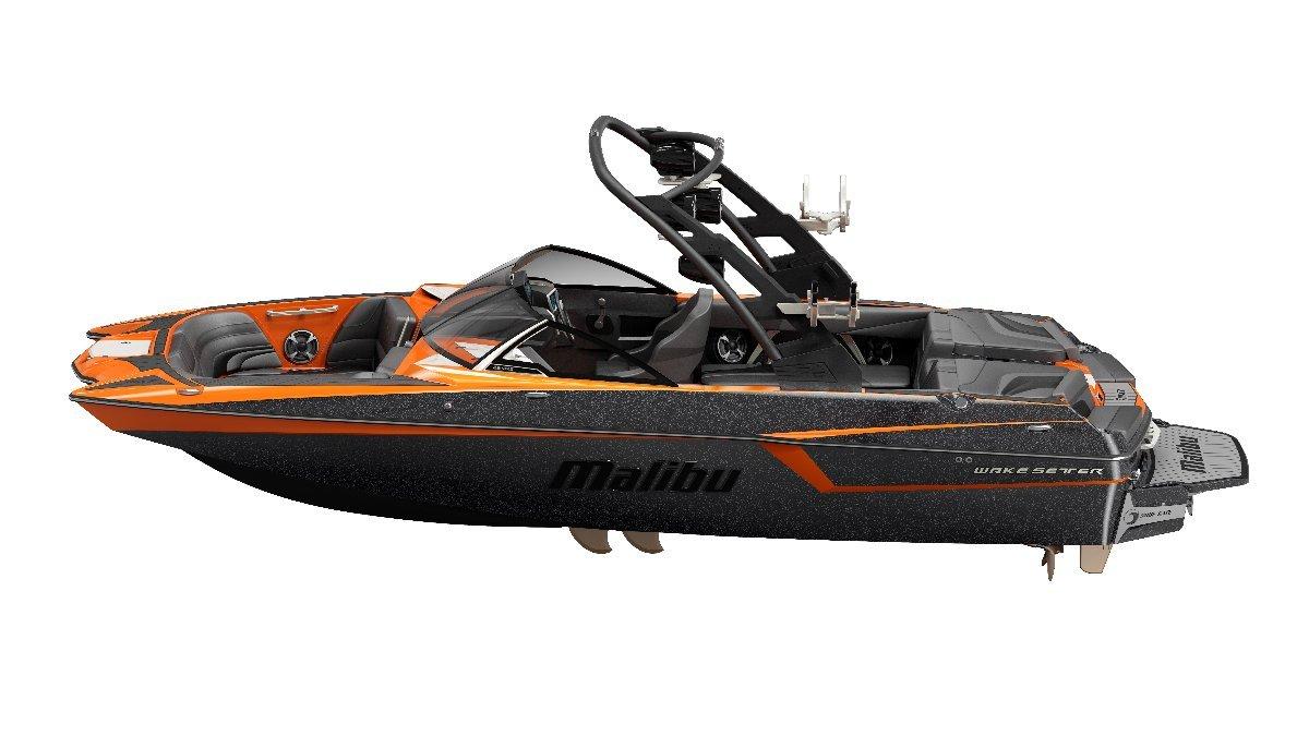 Malibu Wakesetter 22 Mxz + Indmar Ford Monsoon 410 6.2L Marine Engine