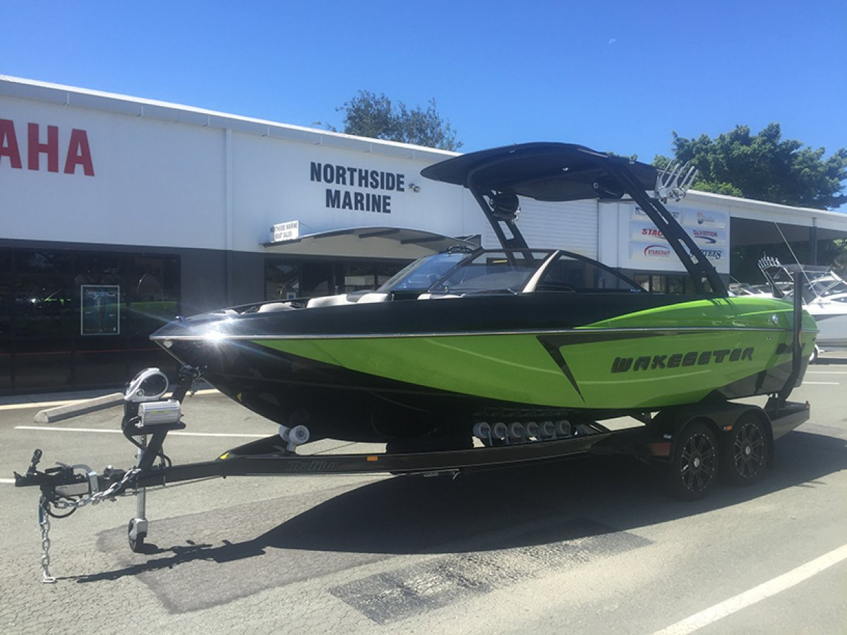Malibu Wakesetter 22 VLX + Indmar Ford Monsoon 450 6.2L w/SALT PACK