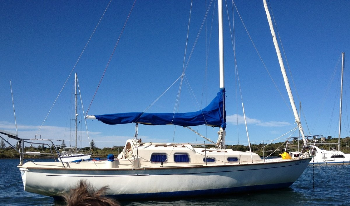 Compass 28 for sale