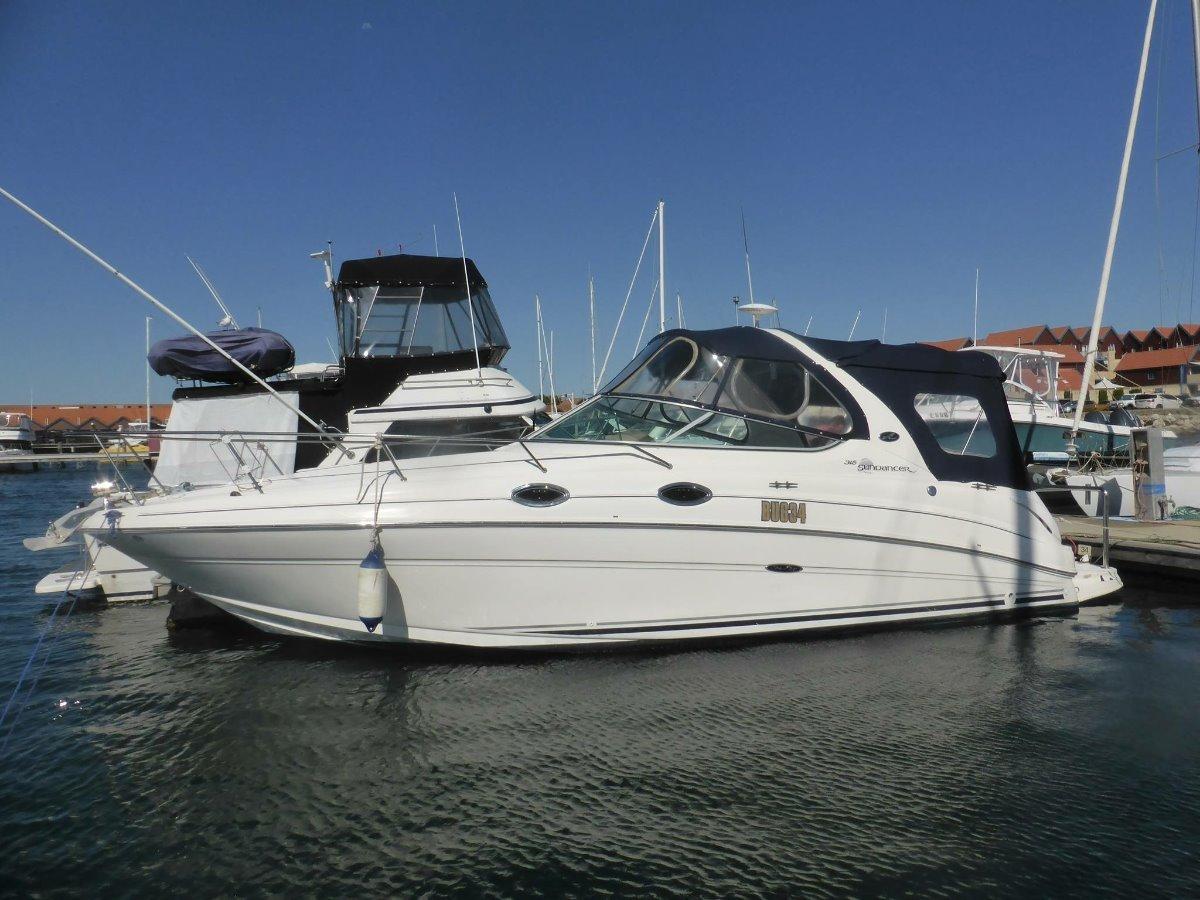 Sea Ray 275 Sundancer Includes Prized Pier 21 Floating Concrete Pen