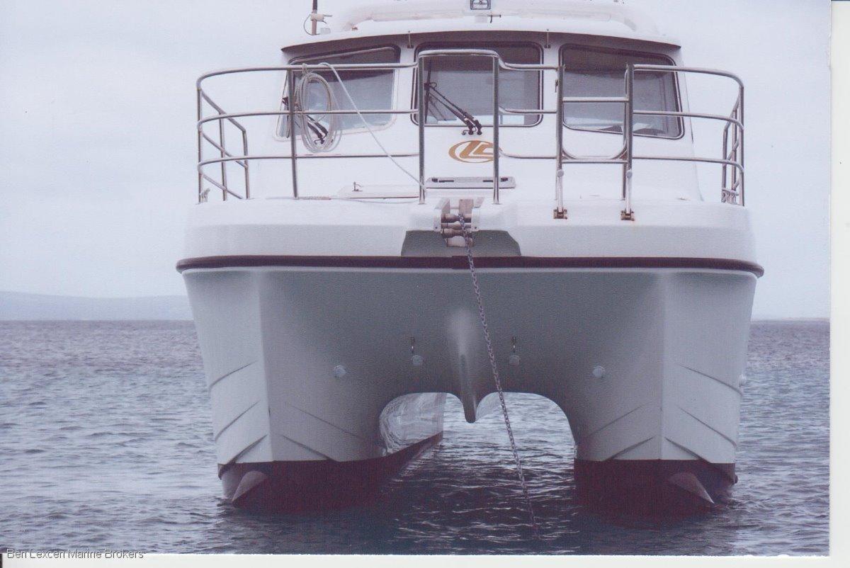 Leisurecat 350 Deepwater LEISURECAT CHARTER BUSINESS