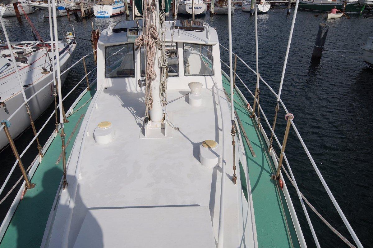 "John Pugh Motor Sailer Windover ""Culburra"""