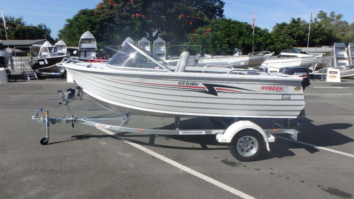Stacer 429 Seaway Runabout + Yamaha 40hp 2-Stroke