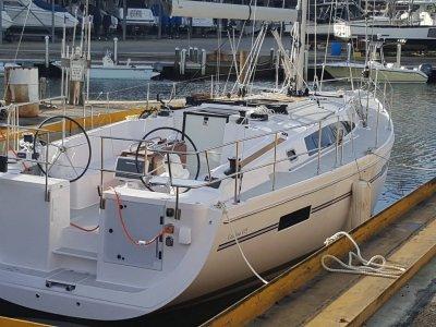 New Catalina 425 New