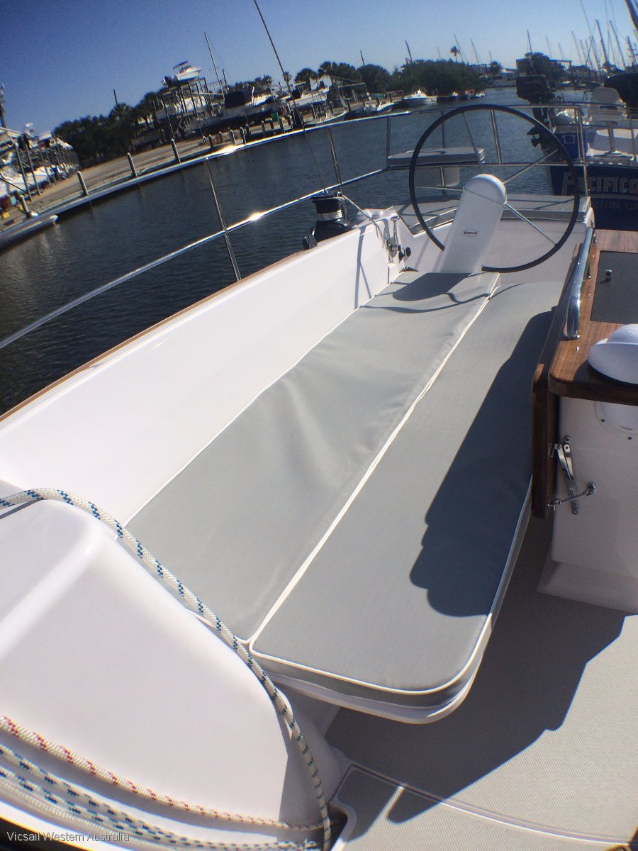Catalina 425 NEW