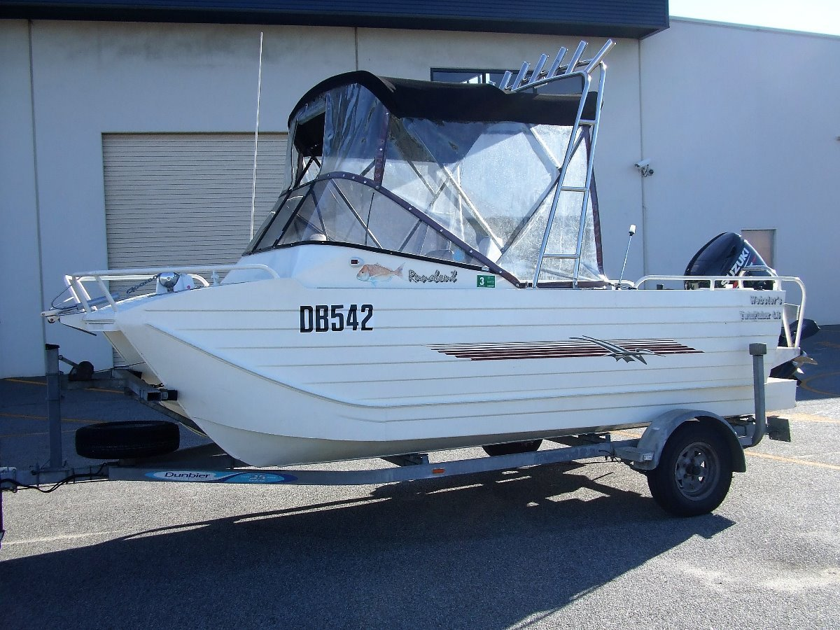 Webster Twin Fisher 460 RUNABOUT