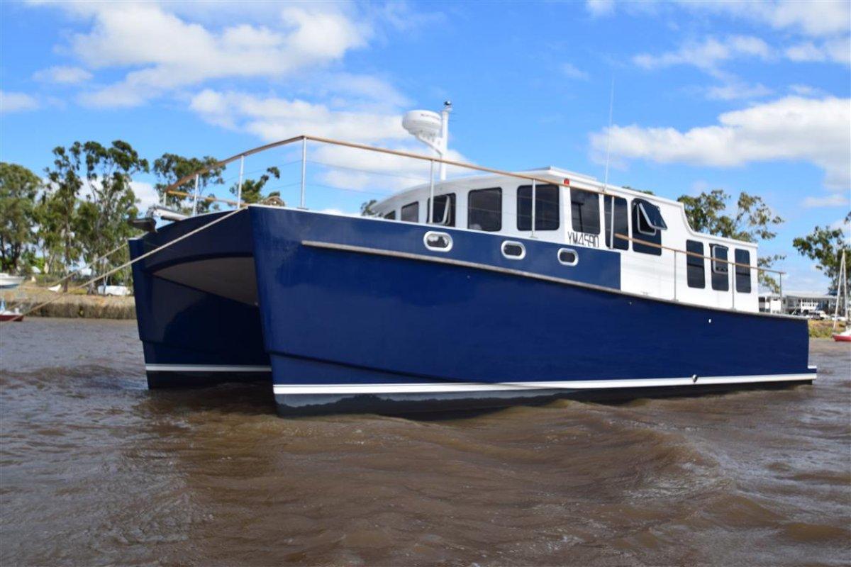 Oram 1200 Power Catamaran