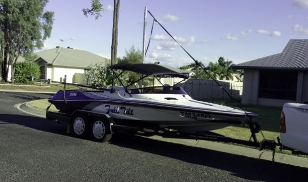Lewis Boats Prestige Ski Boat
