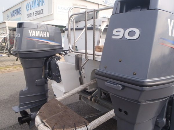 90hp (2 stroke, X/L) YAMAHA OUTBOARDS x 2