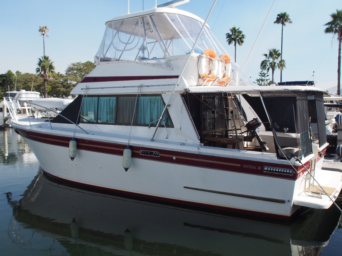 Riviera 38 Open Flybridge Repowered, Solid Family Fish/Cruise