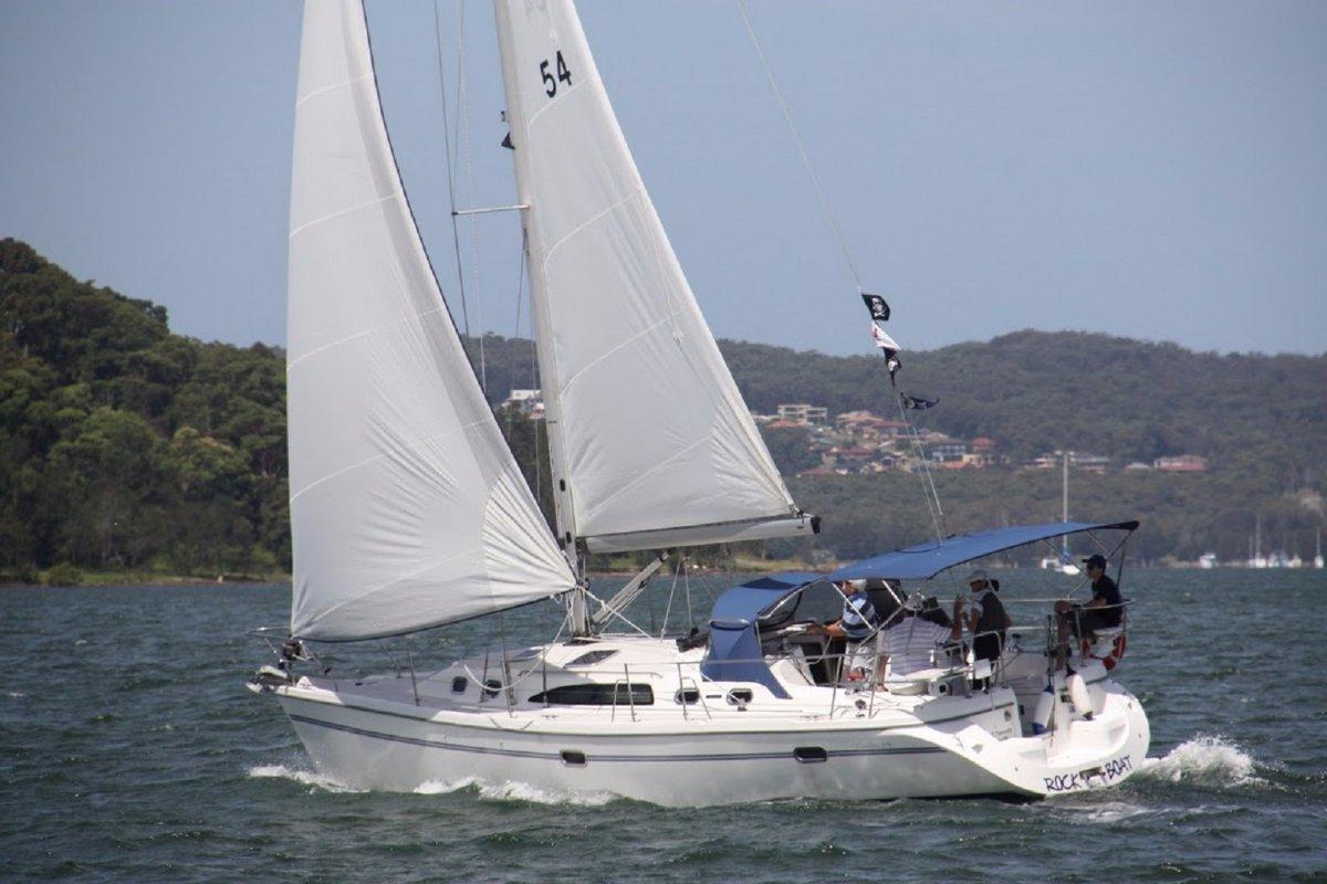 Catalina 375:Sailing in 2013