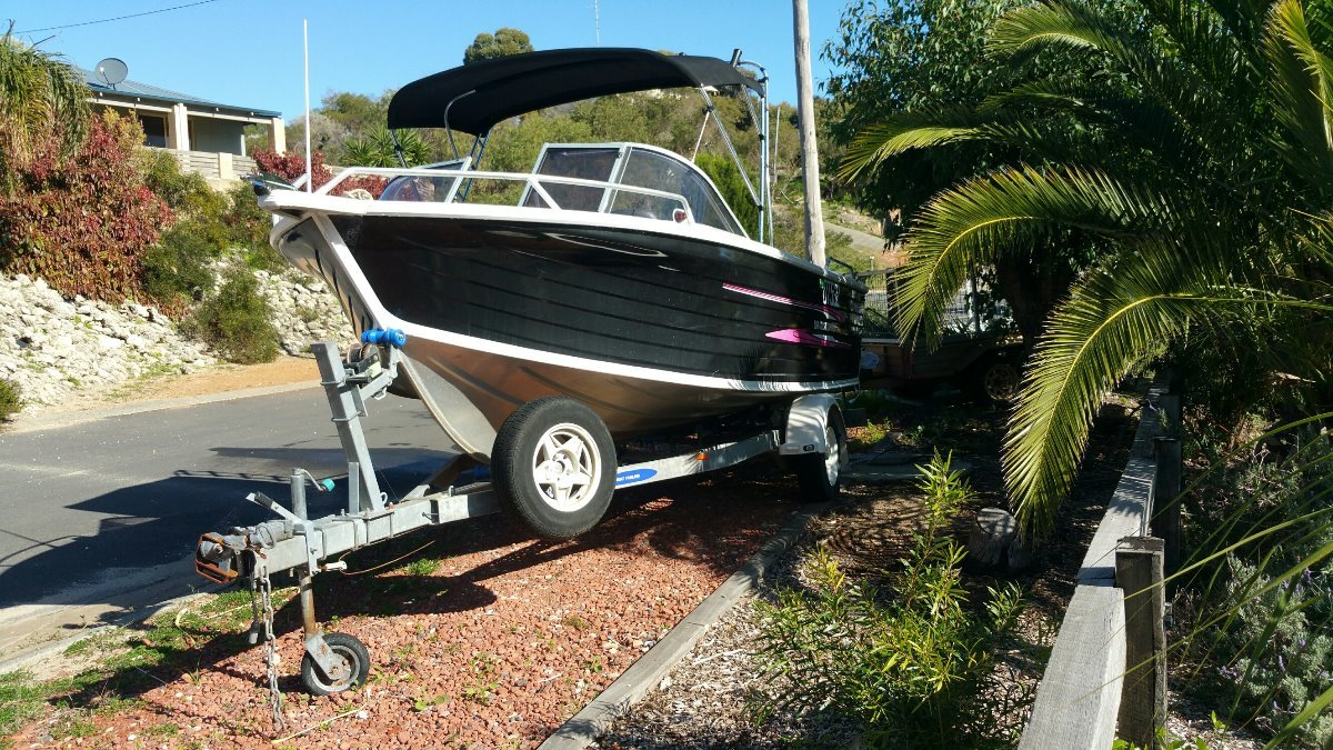 Quintrex 560 Coast Runner 2008