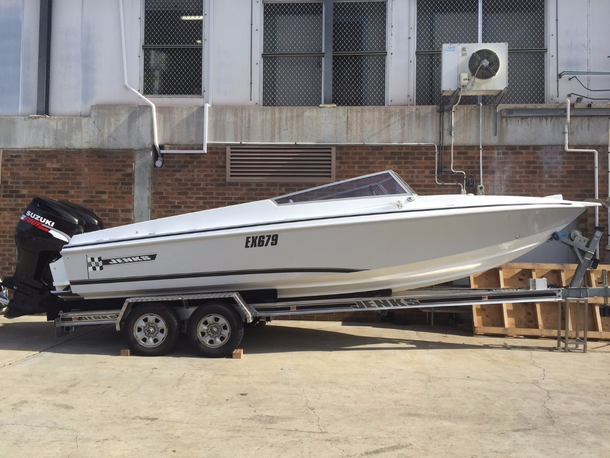 Jenks Craft 25 Perfectly finished revamped overpowered spec'd up:Double axel trailer