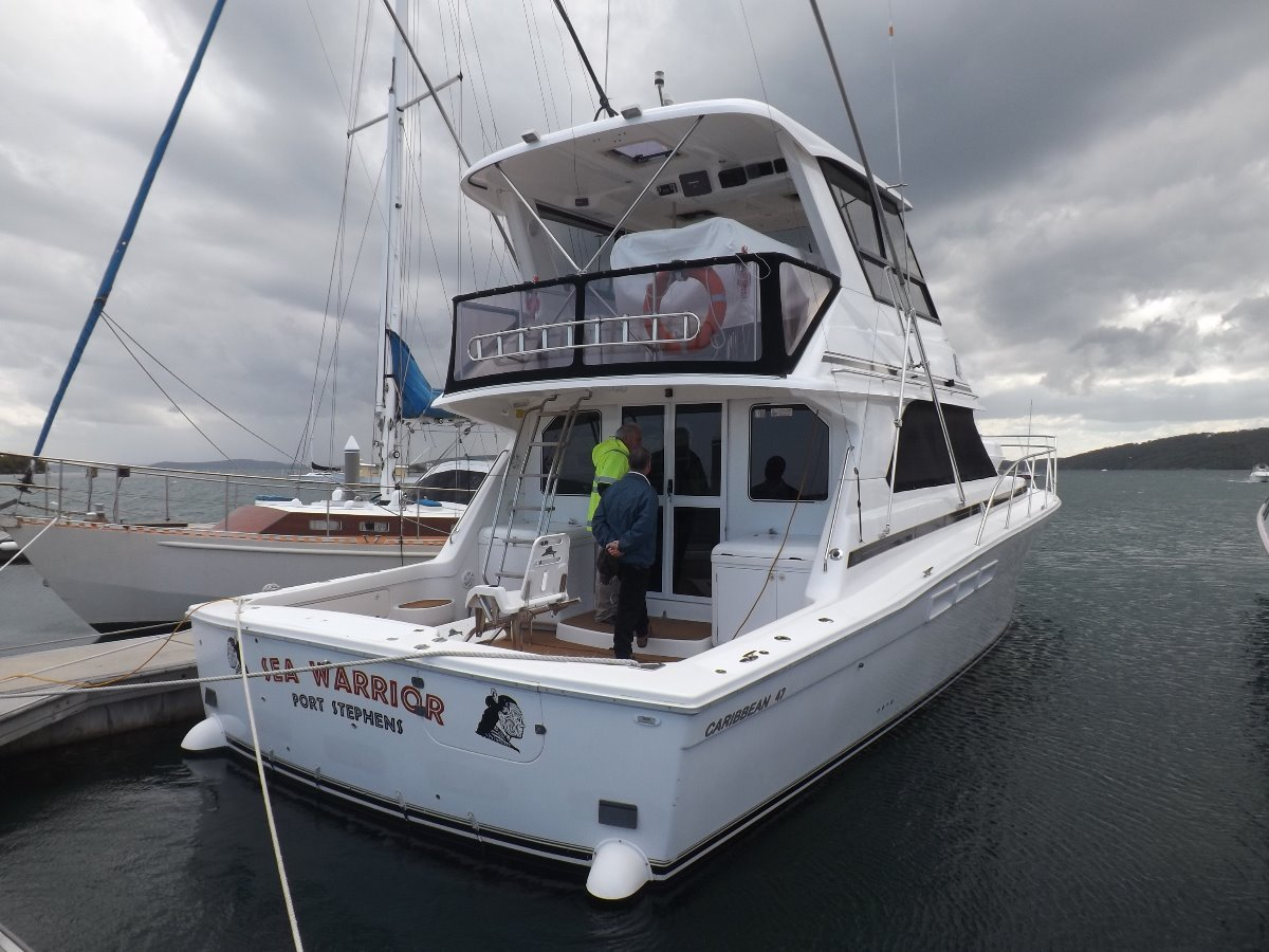 Caribbean 47 Flybridge Cruiser