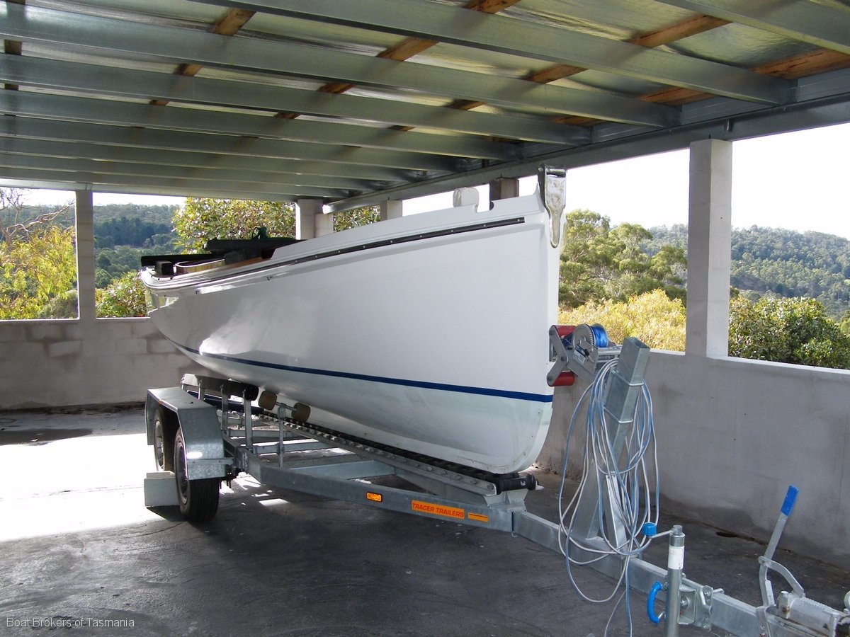 187775 - Custom timber launch with inboard diesel