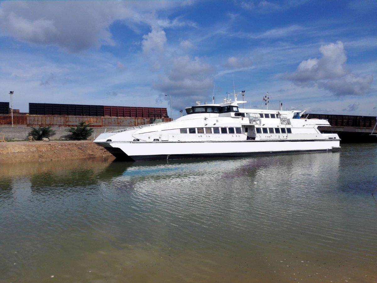 38m Passenger Catamaran Ferry