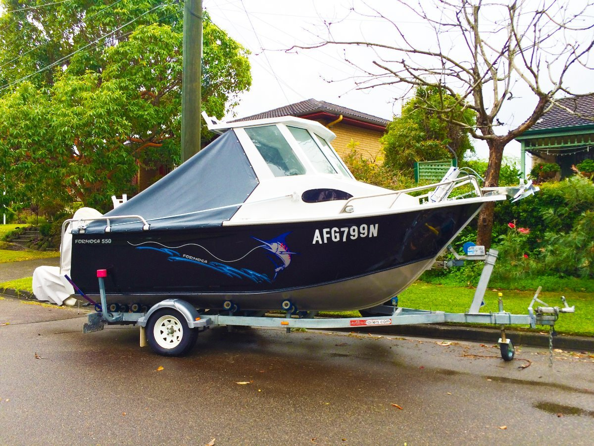Formosa 550 Centre Cabin, superb condition, many extras for fishing