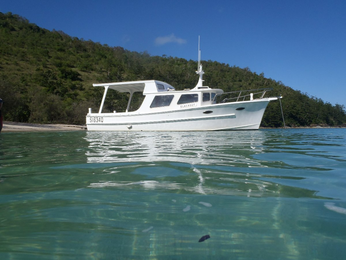 Kevin Dick 26 ft cabin cruiser