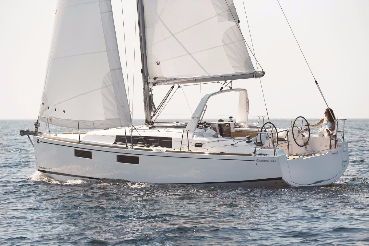 Beneteau Oceanis 35.1 NEW MODEL