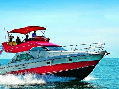 H Yacht L390