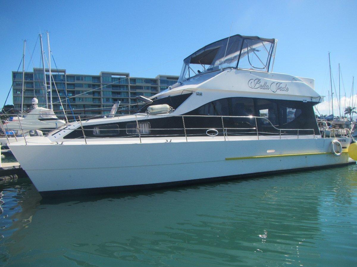 Cruise Cat 40