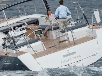 New Beneteau Oceanis 60