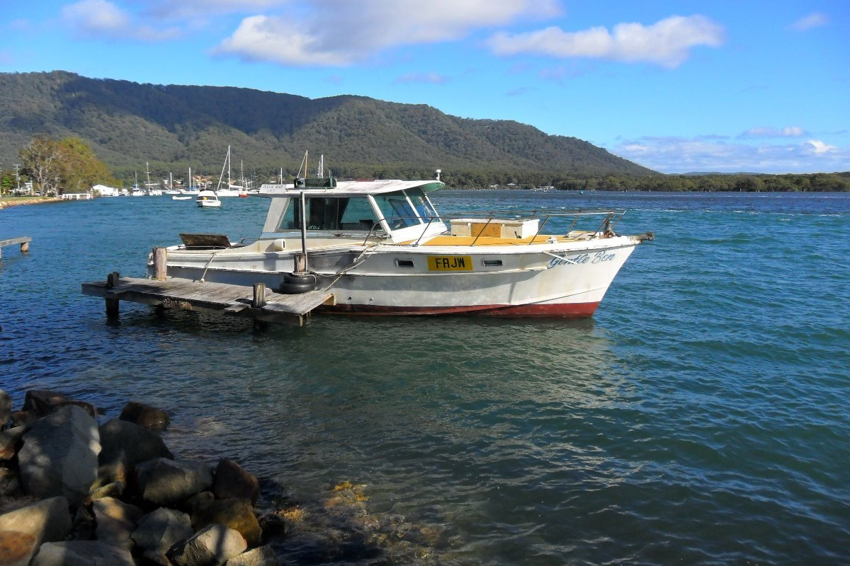 Masters 34 Baycruiser Outside Fishing Boat