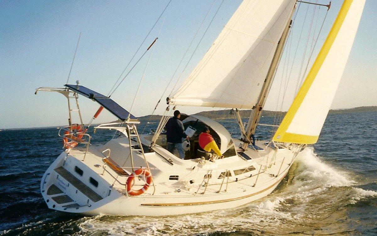 Bluewater Cruising Yachts Bluewater 420CC