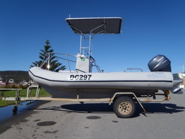 Plaka 4.6 Centre Console Diving, fishing
