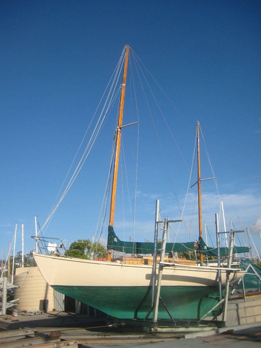 Herreshoff H-28 FOR THE WOODEN BOAT LOVER:February 2012