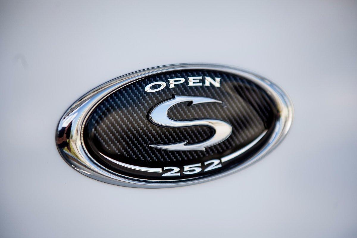 Sportsman Open 252 Centre Console