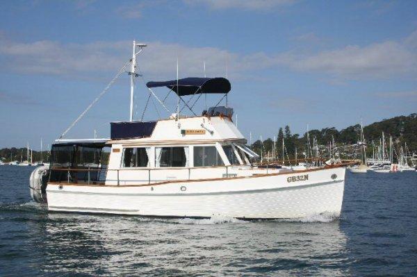 Grand Banks Flybridge Cruiser