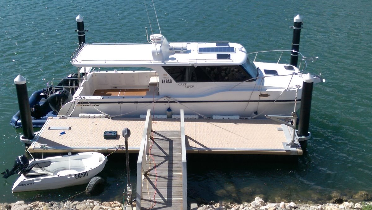 Leisurecat 35ft Profisher Express