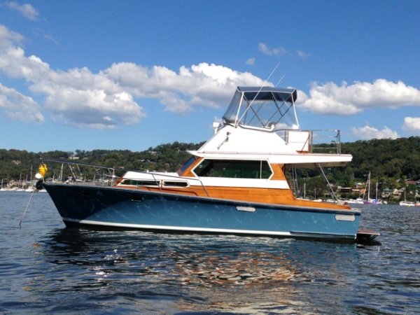 Quilkey Flybridge Cruiser 35'' Classic Timber style