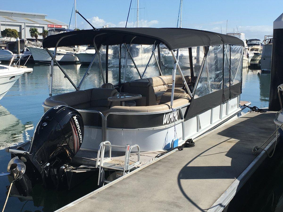 Misty Harbor Biscayne Bay 25ft Pontoon Boat