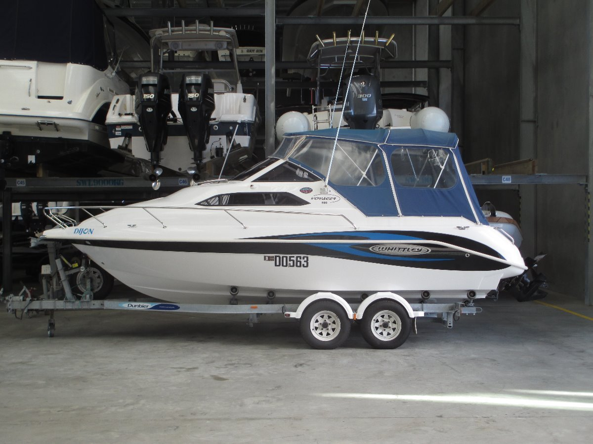 Whittley Voyager 580 Get The FAMILY out On The WATER !!