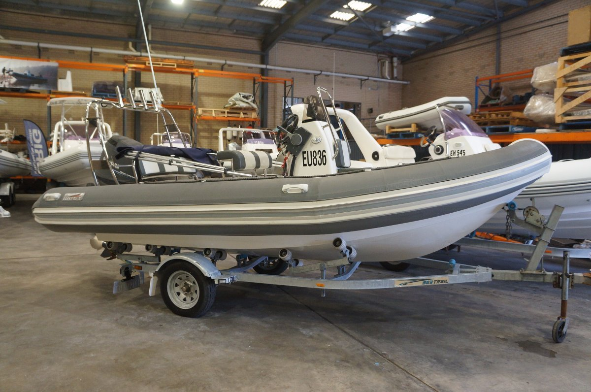Falcon 520R Rigid inflatable tender