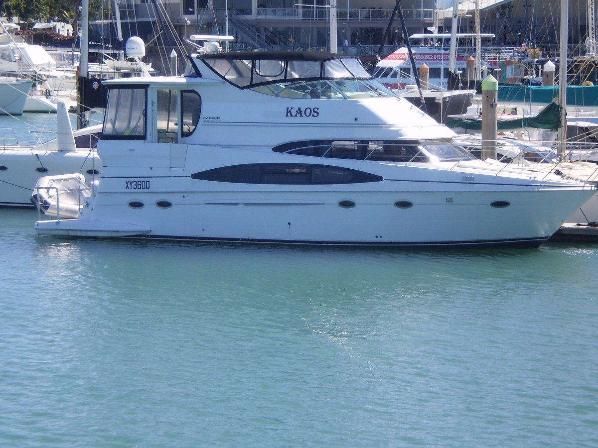 Carver 47 Motor Yacht