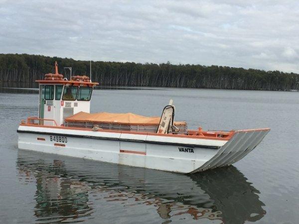9.8m Landing Barge - 'Vanta'