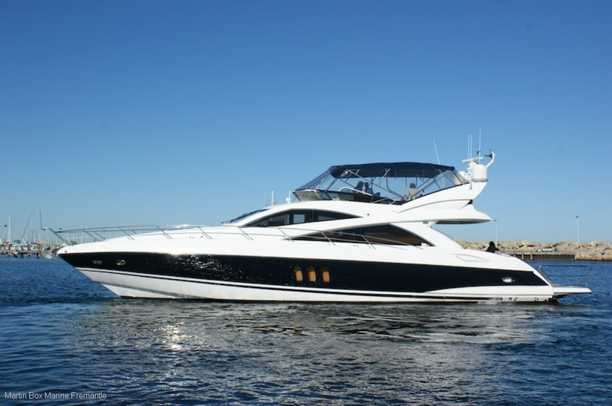 Sunseeker Manhattan 66 Flybridge Cruiser