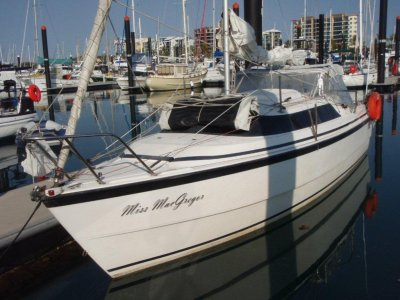 Macgregor 26X Fully optioned and in excellent order.