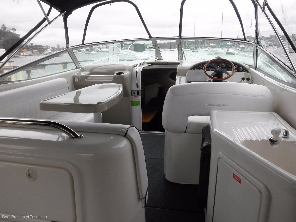 Riviera 3000 Offshore Series 2 with larger 285hp diesels