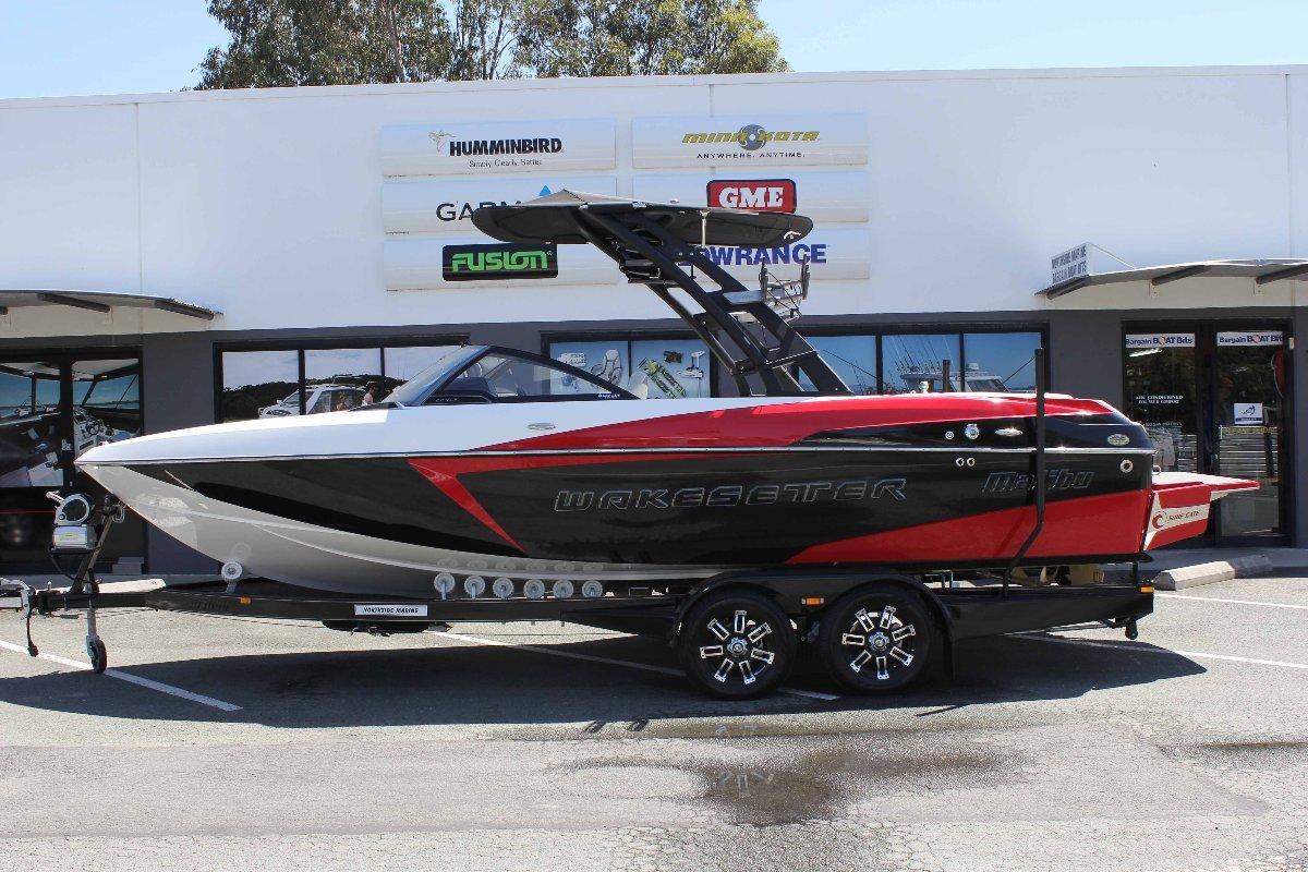 Malibu Wakesetter 22 VLX + Indmar Ford Monsoon 410 W/SALT PACK