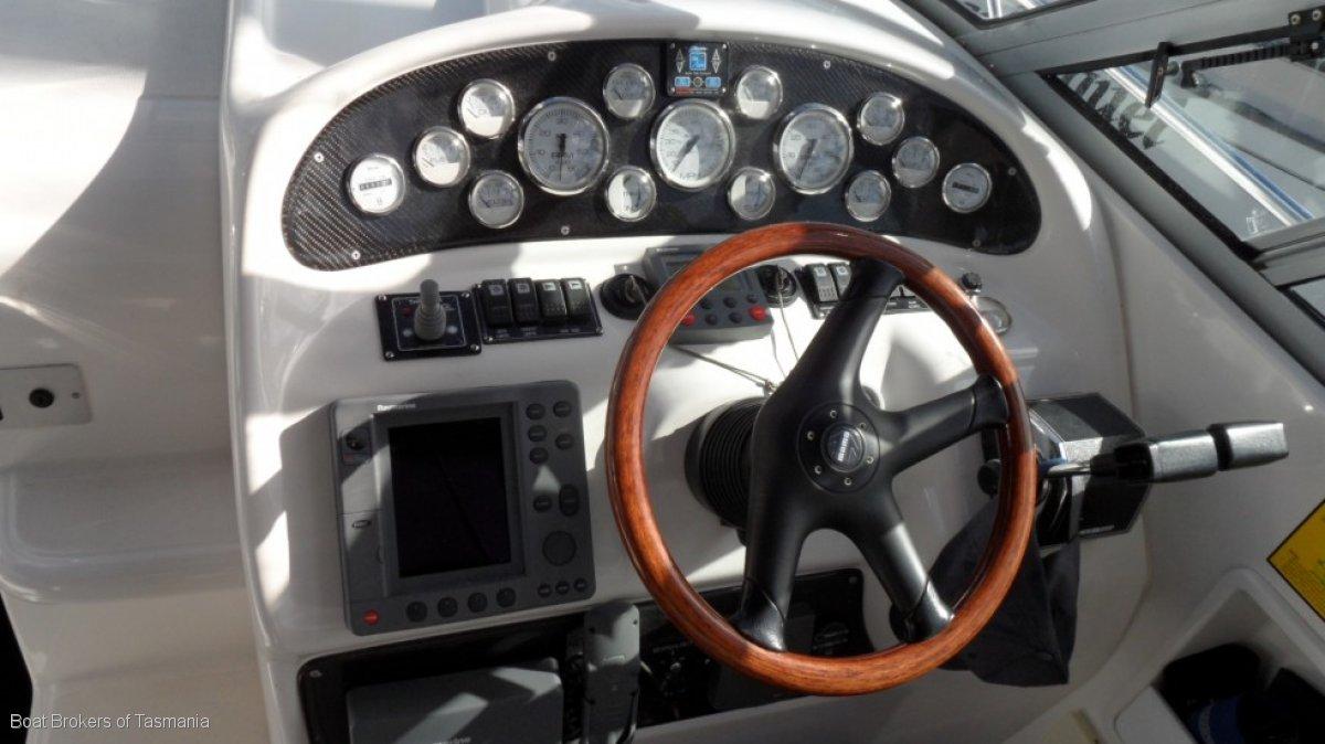 Mustang 3800 Sportscruiser