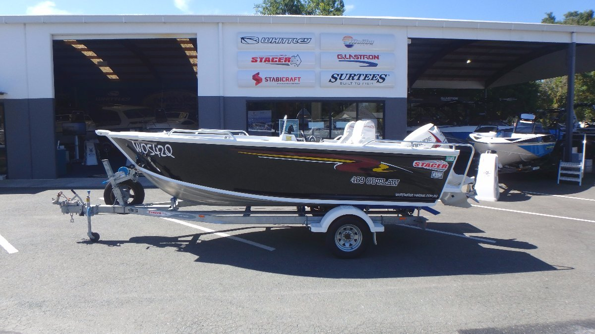 Stacer 469 Outlaw Side Console + Evinrude Etec 75hp (only 89hrs)
