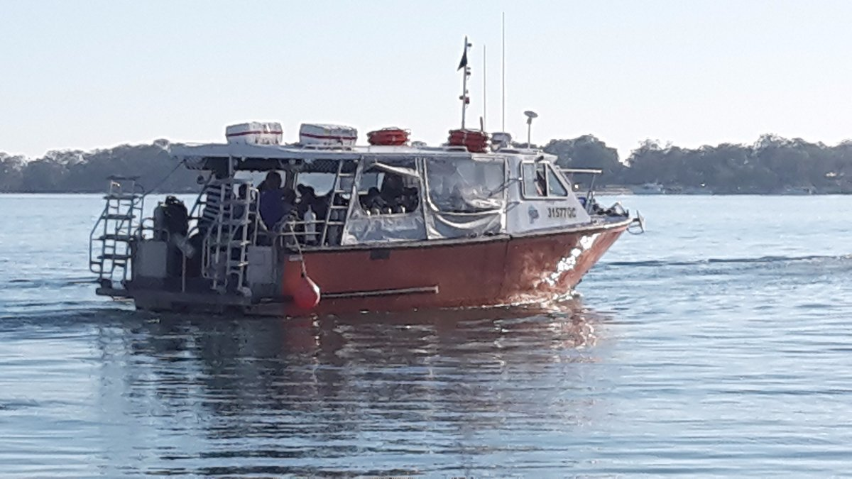 Dive Vessel 2 x Mercury diesel 330hp inboards