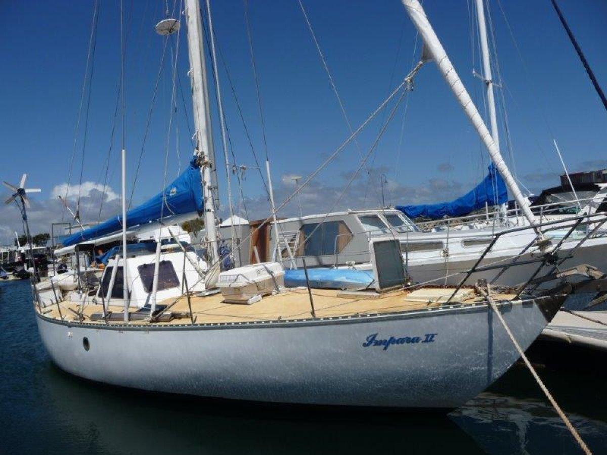 Roberts 38 Offshore Yacht