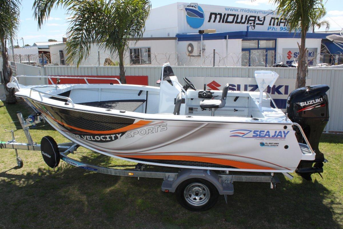 Sea Jay 520 Velocity Sports side console