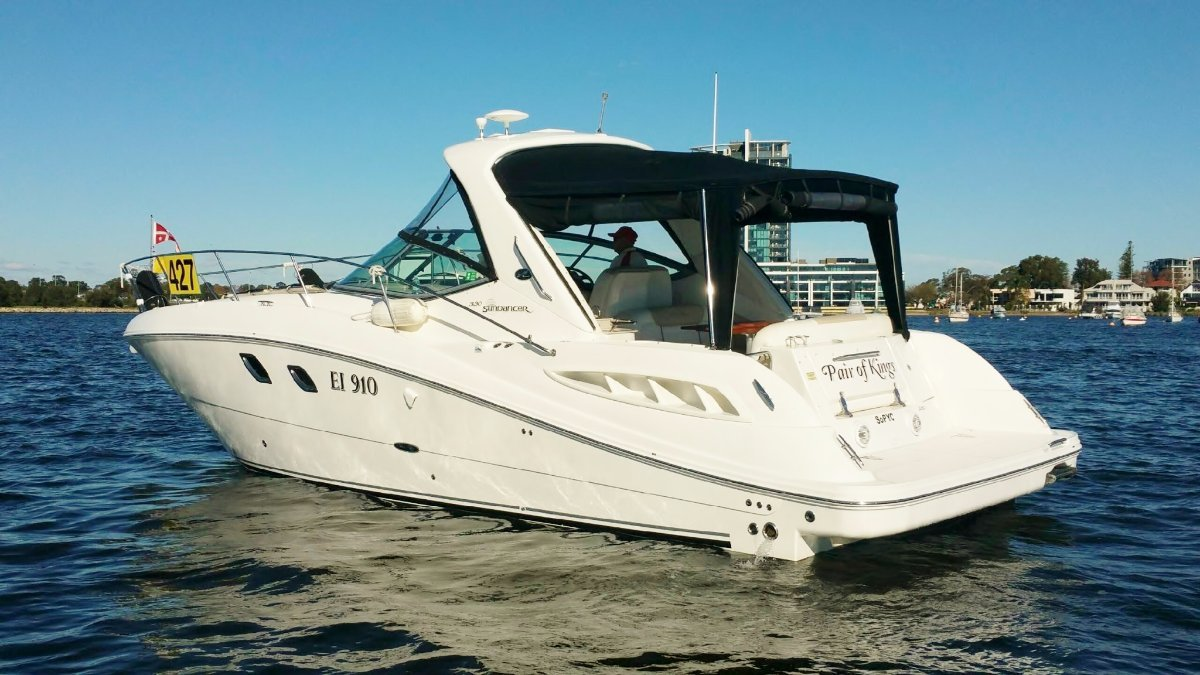 Sea Ray 33 Express On shafts WOW !*** REDUCED ***$167,000***