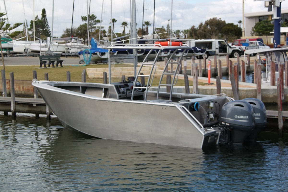 New saltwater commercial boats centre console for Commercial fishing boats for sale by owner